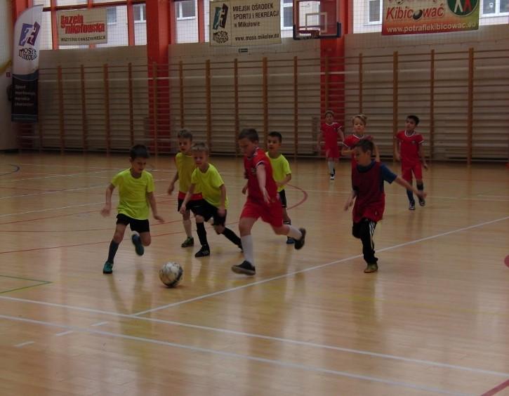 IX Turniej halowy w Piłce Nożnej dla uczniów klas 1 - 3