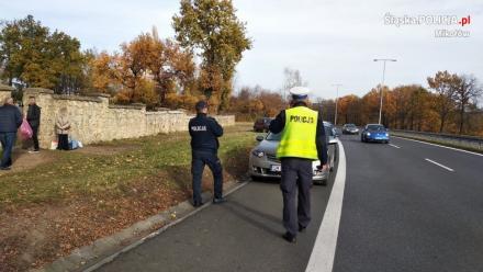 Policjanci mikołowskiej drogówki na L4. Czy powiat czeka paraliż?