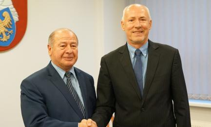 [FOTO] Bez niespodzianki. Mirosław Duży nowym starostą mikołowskim