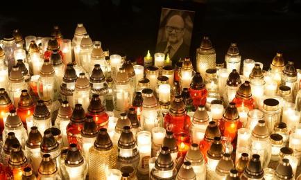 [FOTO] Mikołów uczcił pamięć Pawła Adamowicza