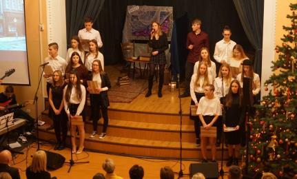 [FOTO] Koncert Noworoczny w Miarce. Licealiści rozbujali publiczność