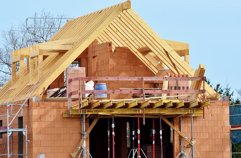 Chrońmy swoje domy już na etapie ich budowy. Mikołowscy policjanci apelują