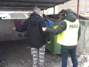 Zatrzymany podpalacz łaziskich kontenerów na śmieci