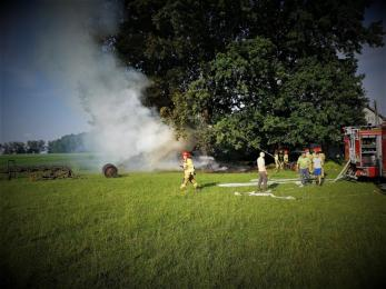 Pożar słomy i wozu konnego w dzielnicy Kamionka