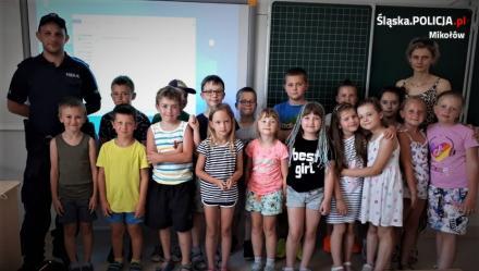 Przedwakacyjne spotkania dzielnicowych z dziećmi