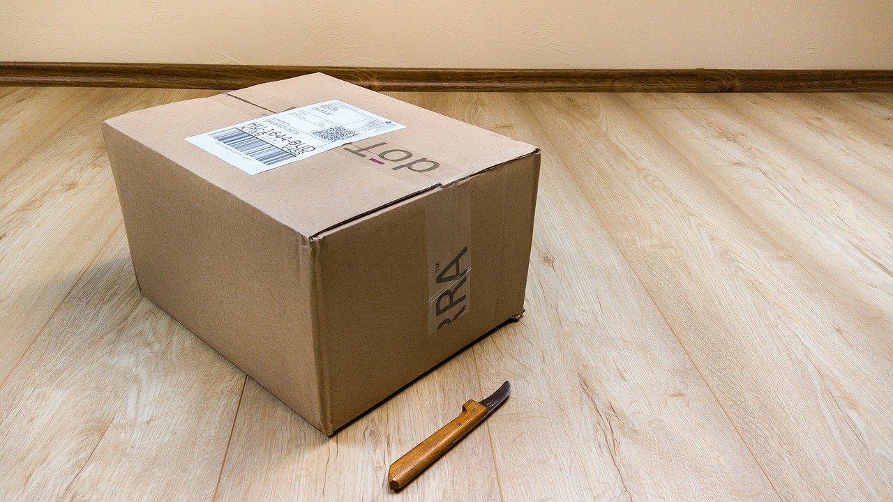 Kurier- jak znaleźć najtańsze przesyłki kurierskie?