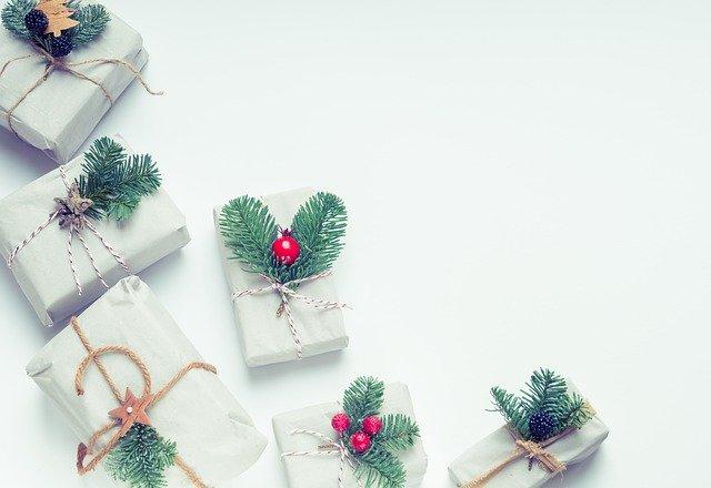 Poradnik świąteczny - co kupić rodzinie na Święta?