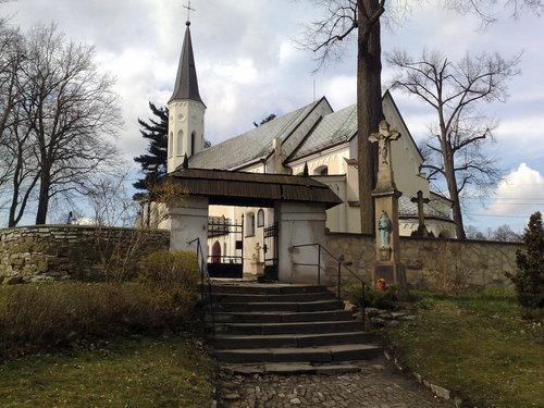 Mokre - Kościół pw. św. Wawrzyńca